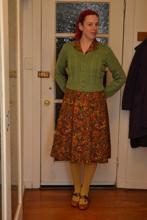 1940s dress, 1940s cardigan, yellow tights