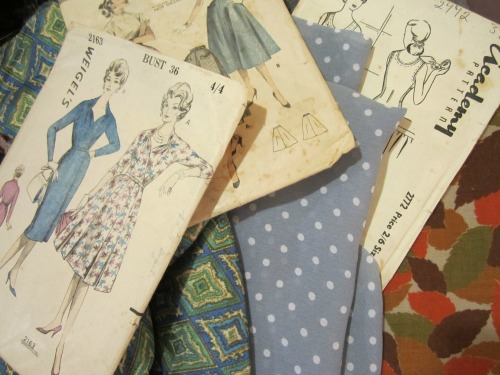 Fabric-a-brac fabric and patterns | Modern Vintage Cupcakes