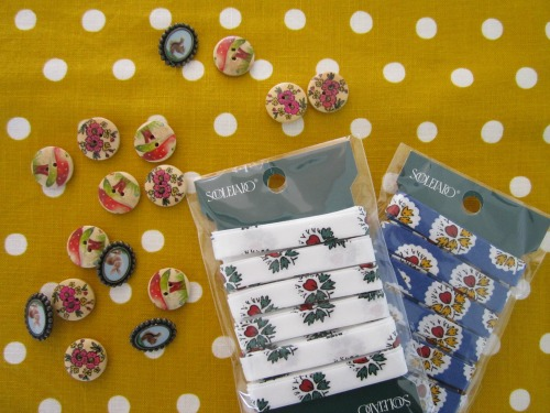 buttons and bias binding