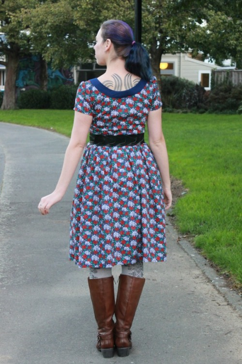 Gothic Mystery dress | Modern Vintage Cupcakes