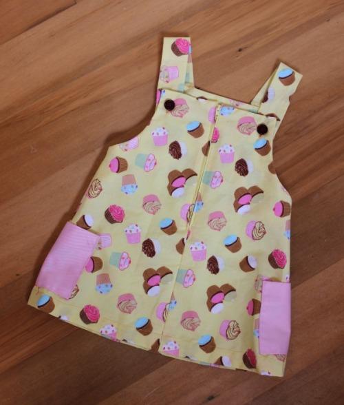 Cupcake Cutie dress | Modern Vintage Cupcakes
