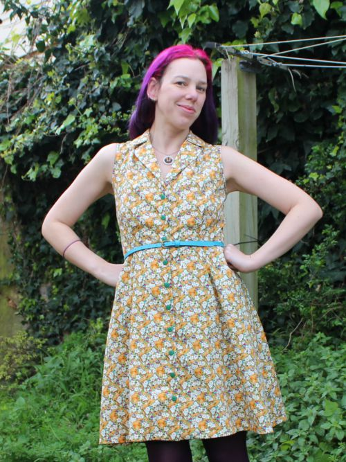 Kittens and Flowers dress | Modern Vintage Cupcakes