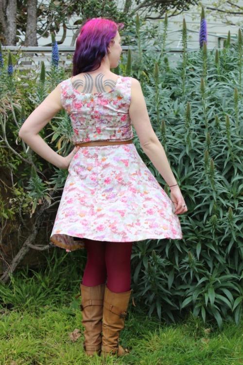 Pinky bar Cressoway dress | Modern Vintage Cupcakes