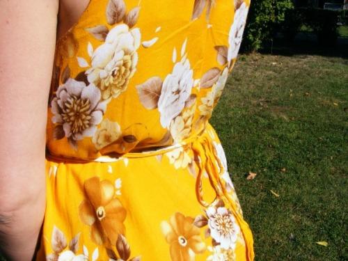 Yellow Sway dress | Modern Vintage Cupcakes